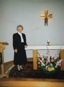 img048.jpg pyntet i kapellet