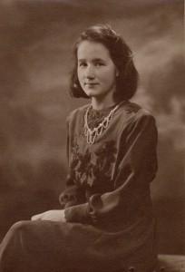 img051.jpg sr. Ingrid Marie som 19 åring